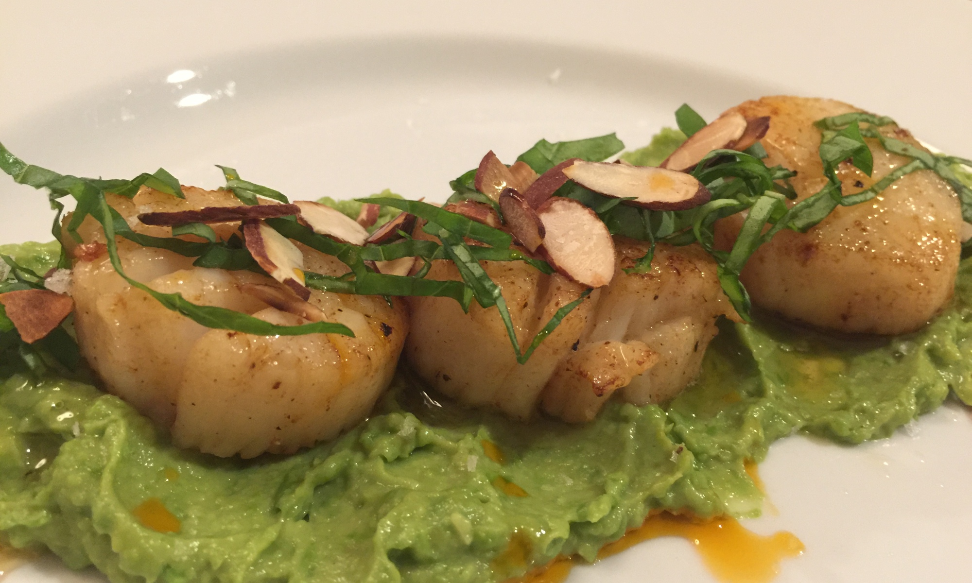 Scallops with Sweet Pea Avocado Spread