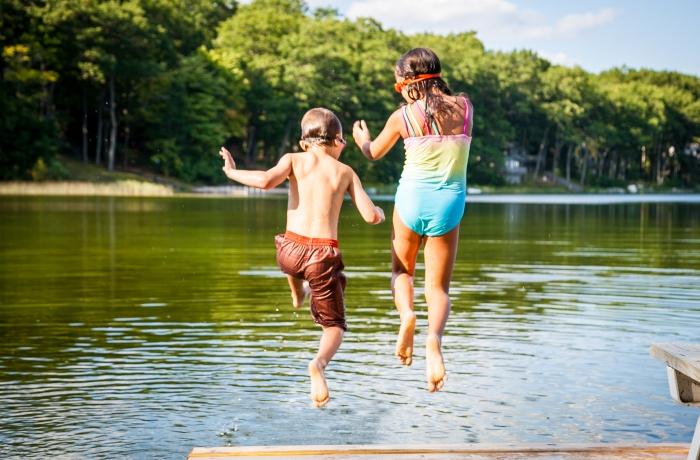 Shawn & Brianna Swimming