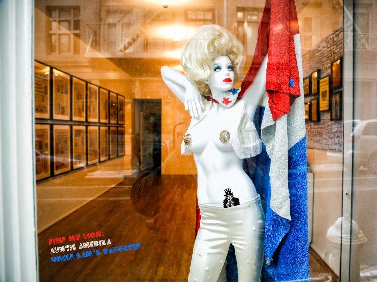 Auntie Amerika by Paolo Ferraris