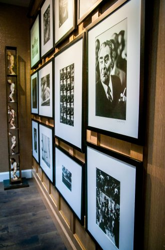 David Hume Kennerly Collection Lobby Right