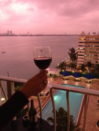 Pink Sky in Miami for our Balcony Apéritif