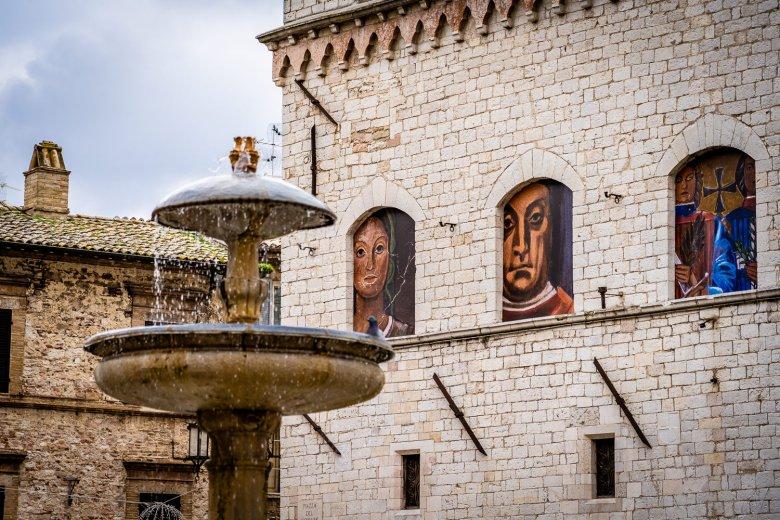 Fontana dei Tre Leoni Assisi, Italy