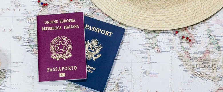 3 Ways to Get an Italian Passport