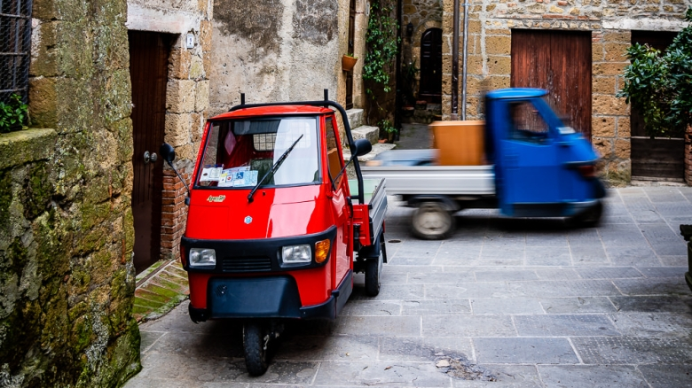 Italy Pic of the Day Ape in Pitigliano