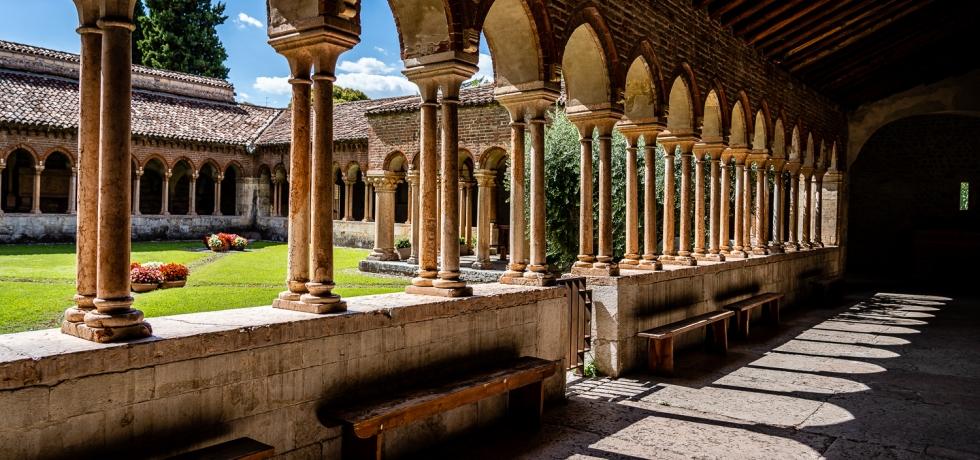 Italy Pic of the Day Basilica di San Zeno Maggiore Courtyard
