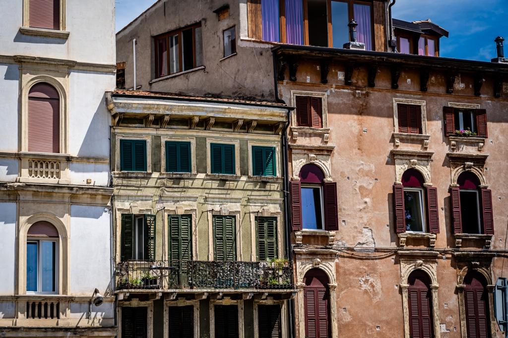 Italian Homes vs American Homes