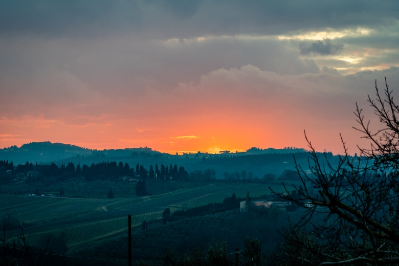 Italy Pic of the Day Sunset Over Tuscany