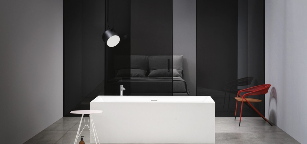 Italian Home Renovation Blog Bathtub NIC Pool horizontal image